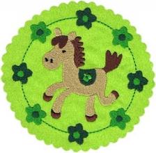 Applikation Pony Pferd im Blumenkreis in grün