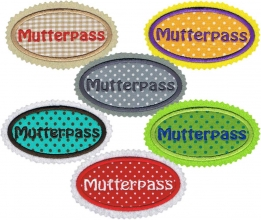 Gestickte Applikationen für den Mutterpass 01